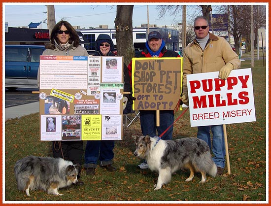 Protesters at Puppy Prints, November 2008